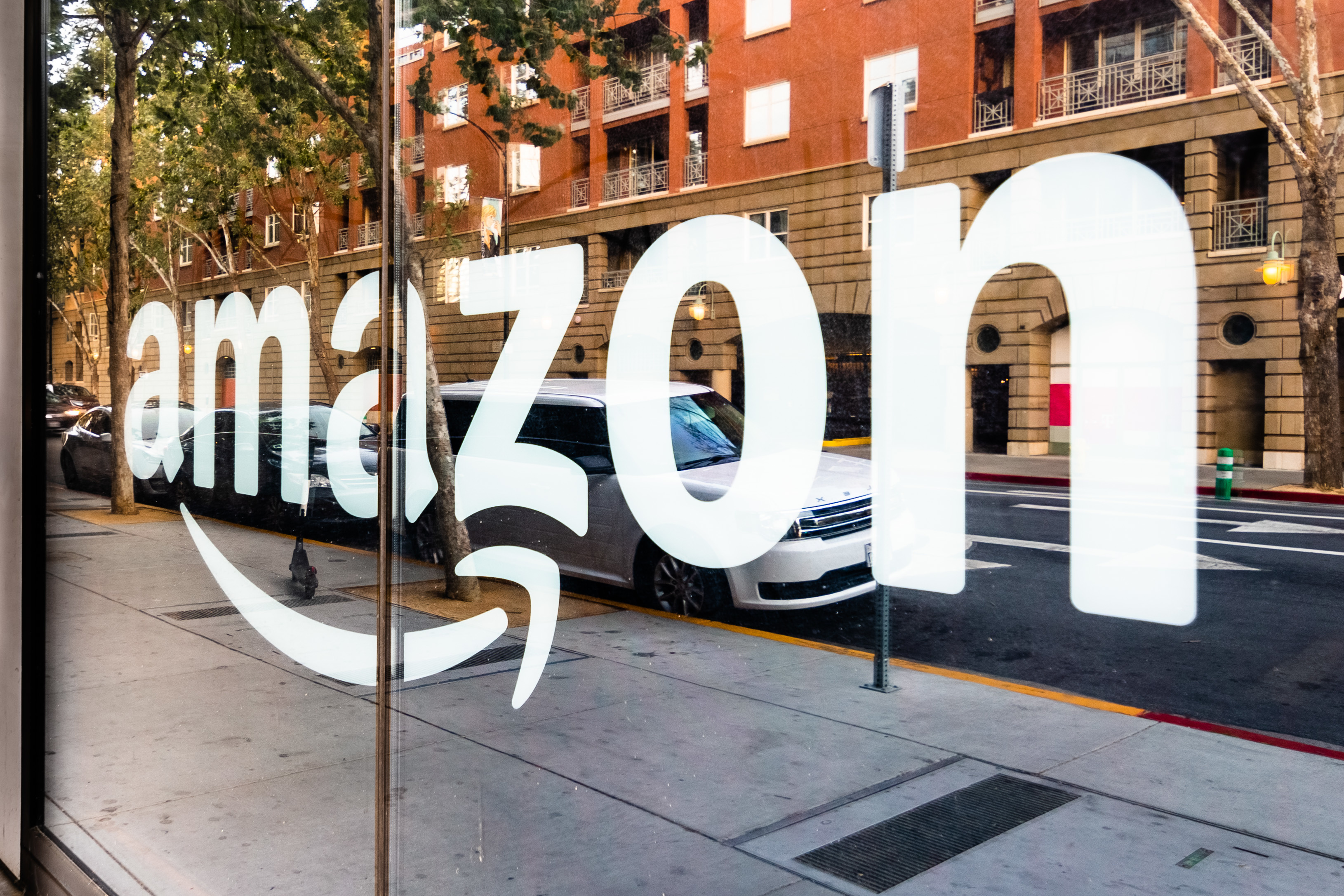 How multichannel fulfillment can help solve e-commerce marketplace complexity from Amazon and Shopify
