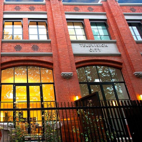Studio Nine & GTV9 Apartments - Richmond - Melbourne