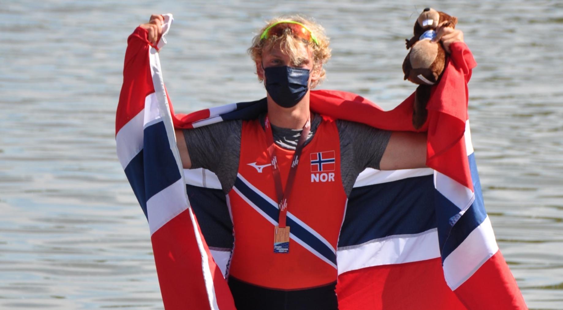 Marius Thime med bronsemedaljen. Fotograf: Sigurd Gullerud