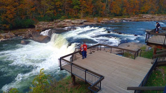 Couple over the rapids at Ohiopyle state park