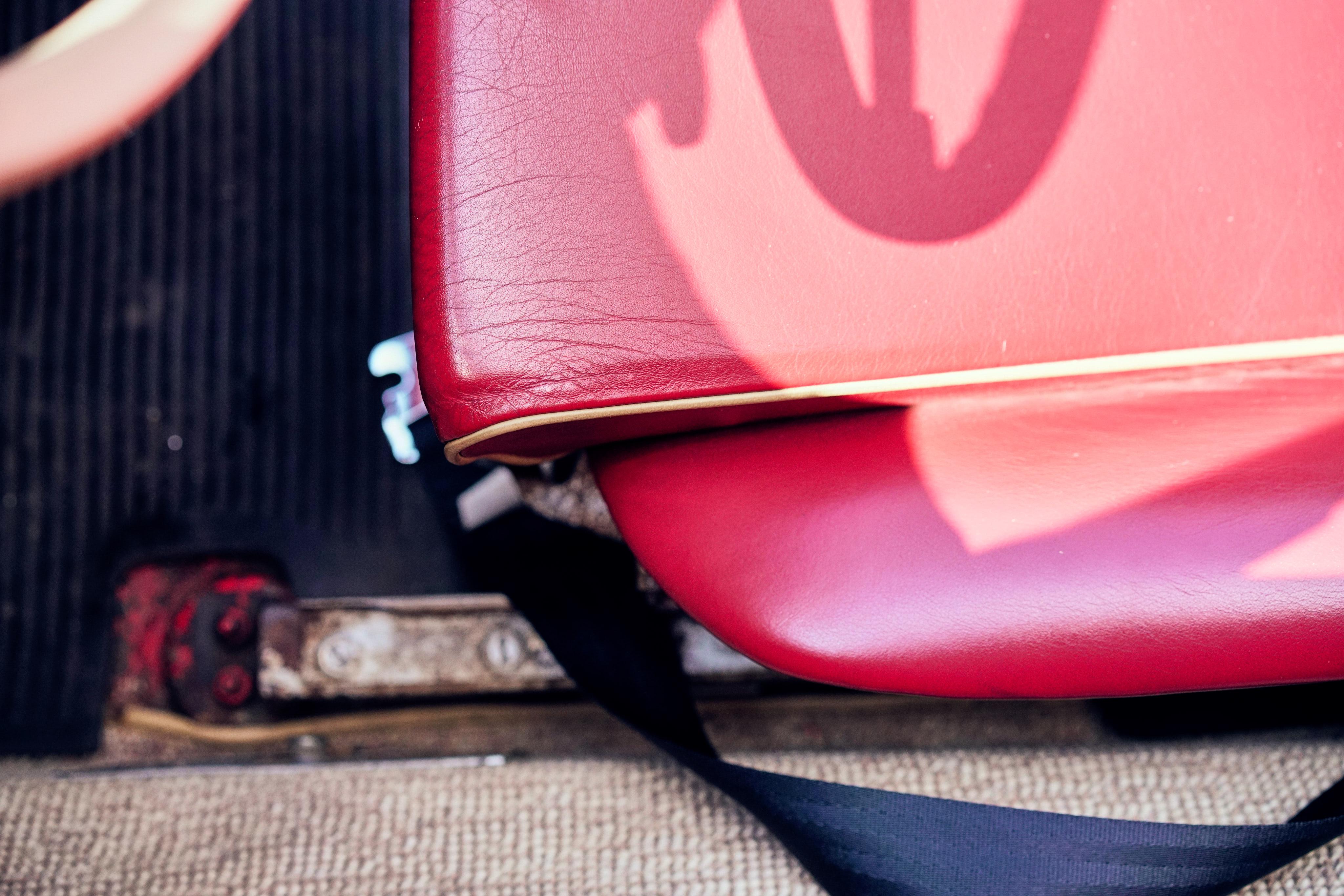 Luftgekühlt-6-Rennen-09-Porsche-356-Original-1958-Speedster-Interior