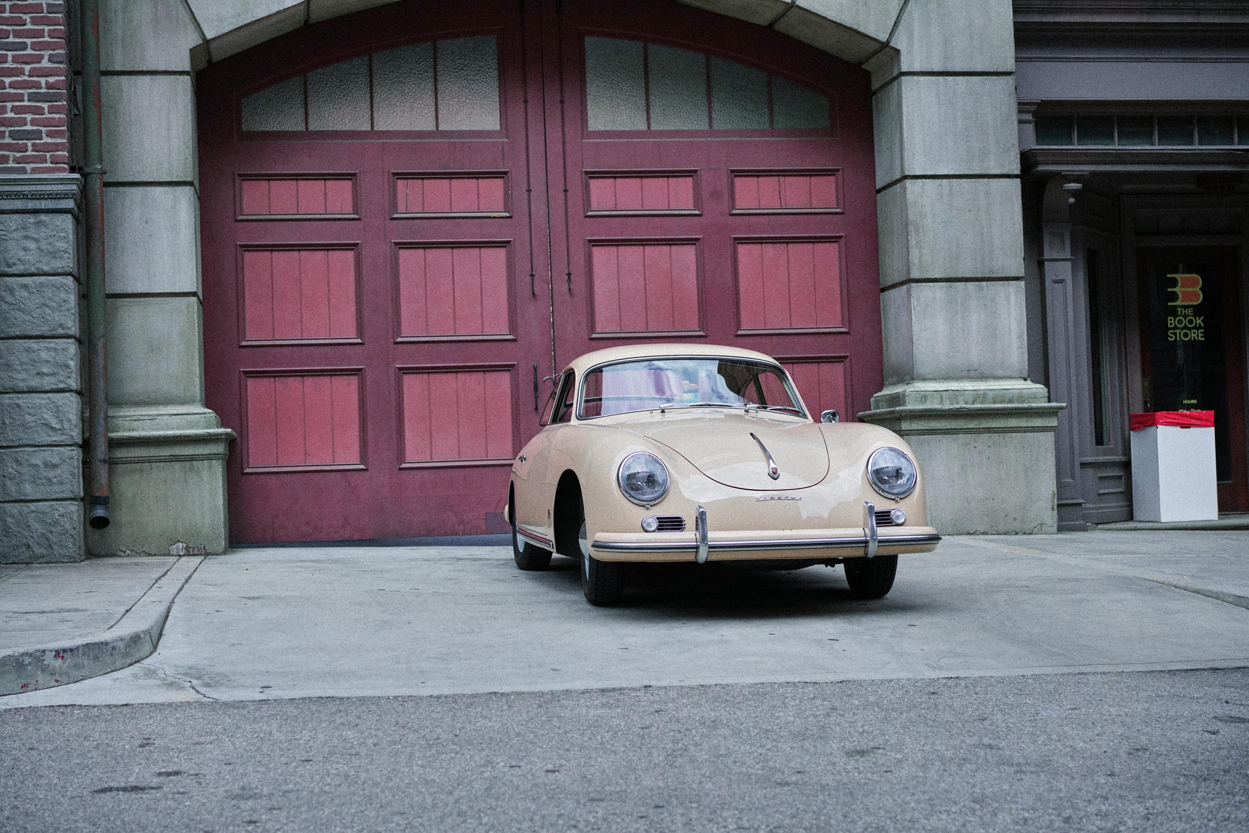 Luftgekühlt-6-Rennen-17-Porsche-356-1957-Sahara-Biege-Front