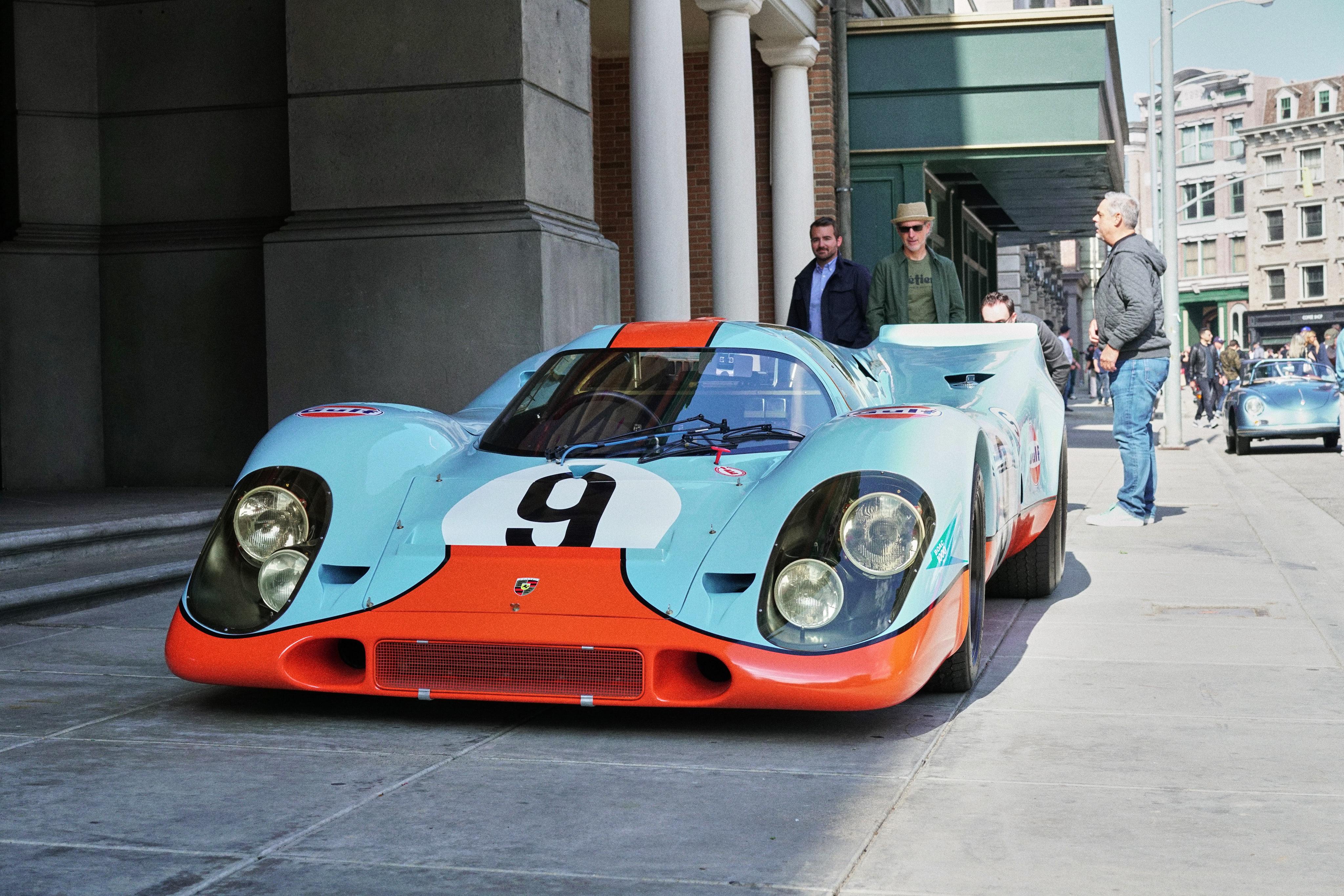 Luftgekühlt-6-Rennen-19-Porsche-917-1969-Gulf-Blue-Front