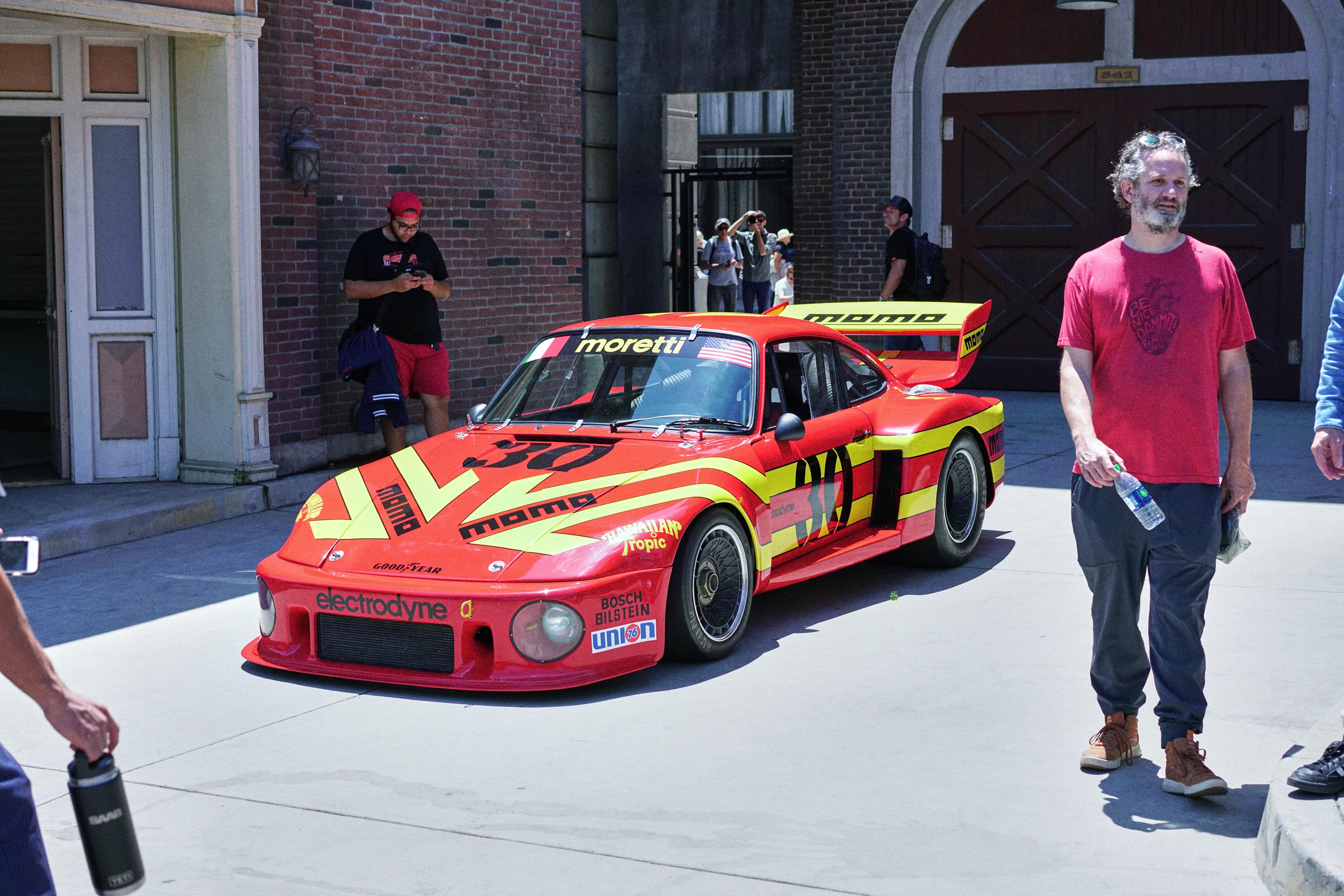 Luftgekühlt-6-Rennen-22-Porsche-935-1979-MOMO-Factory-Car