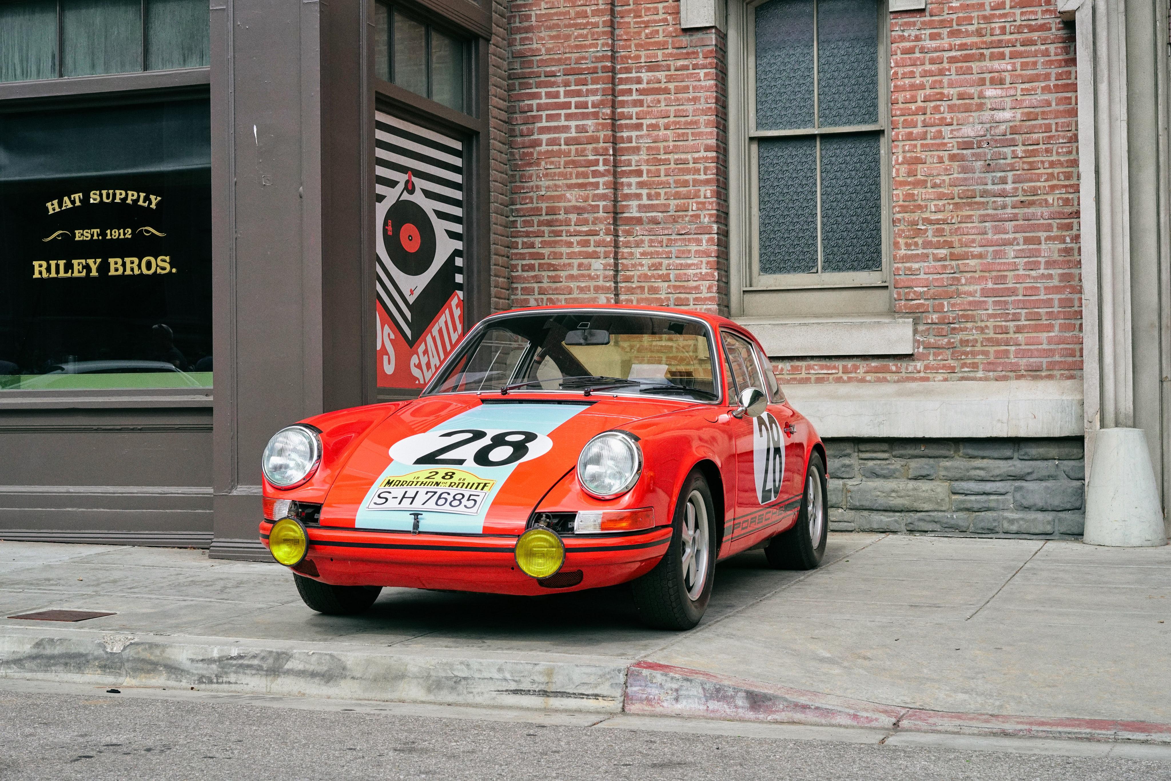 Luftgekühlt-6-Rennen-24-Porsche-911-28-Tangerine-Front