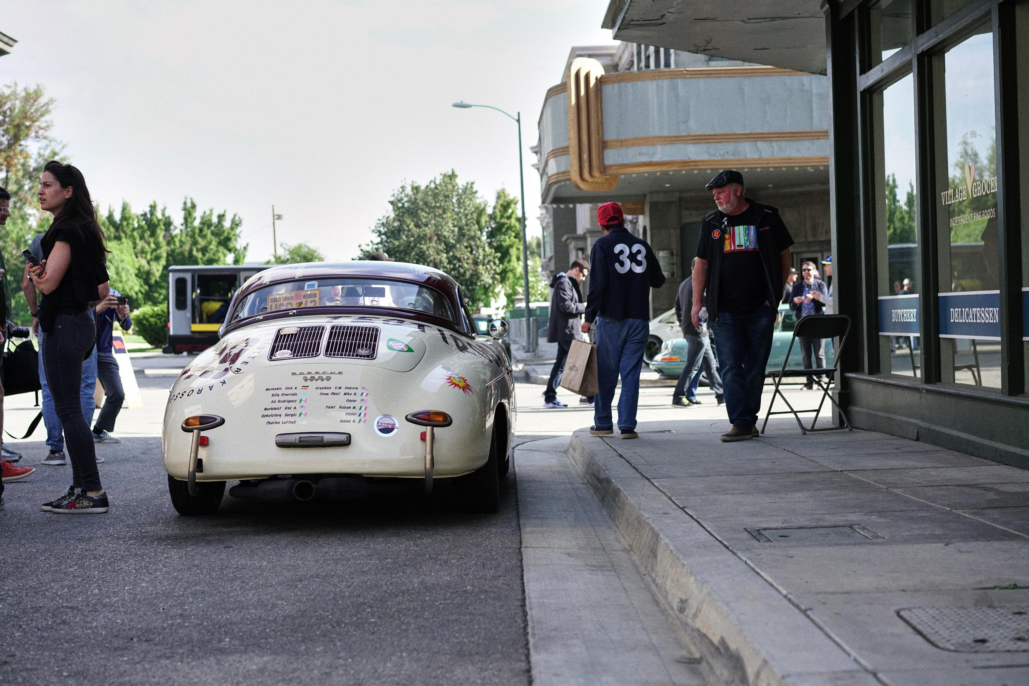 Luftgekühlt-6-Rennen-30-Porsche-356-1957-Testirosa-Speedster-Rear