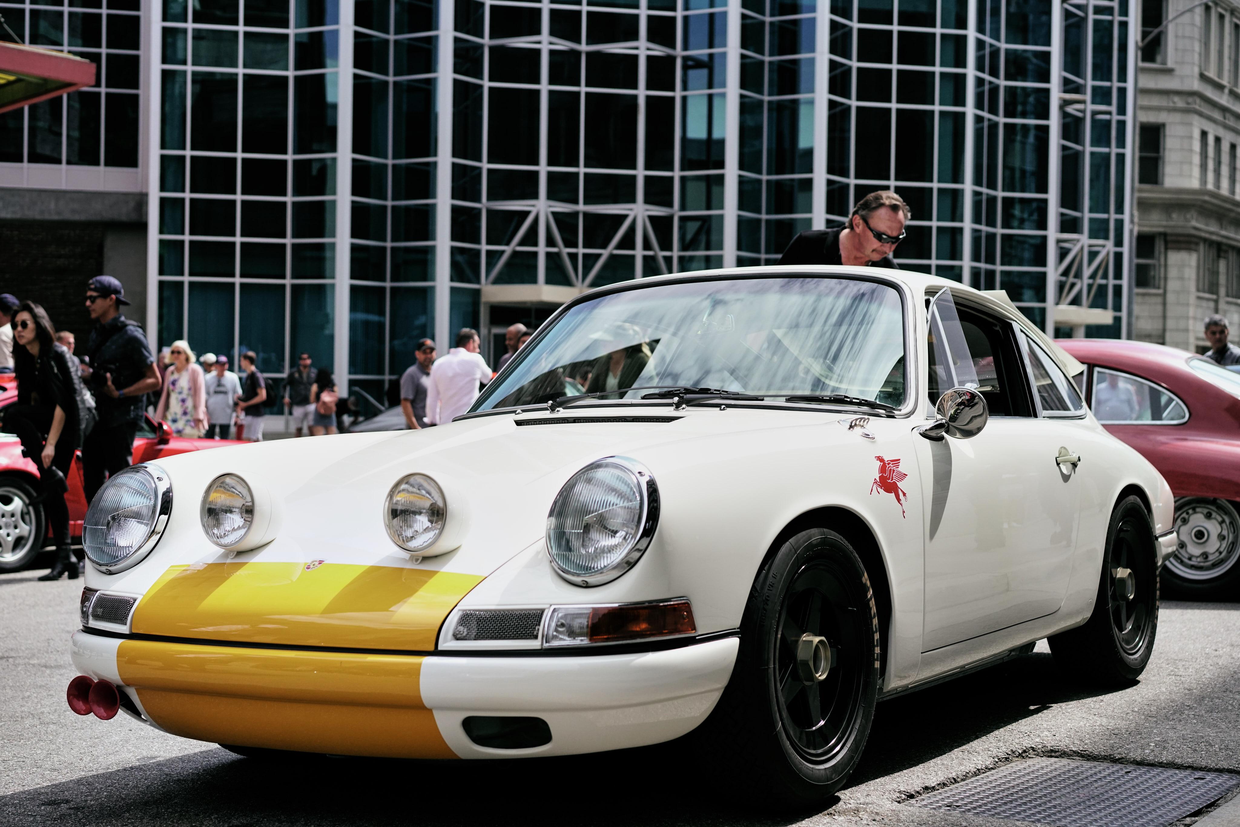 Luftgekühlt-6-Rennen-37-Porsche-911K-1968-Rod-Emory-Outlaw-Front