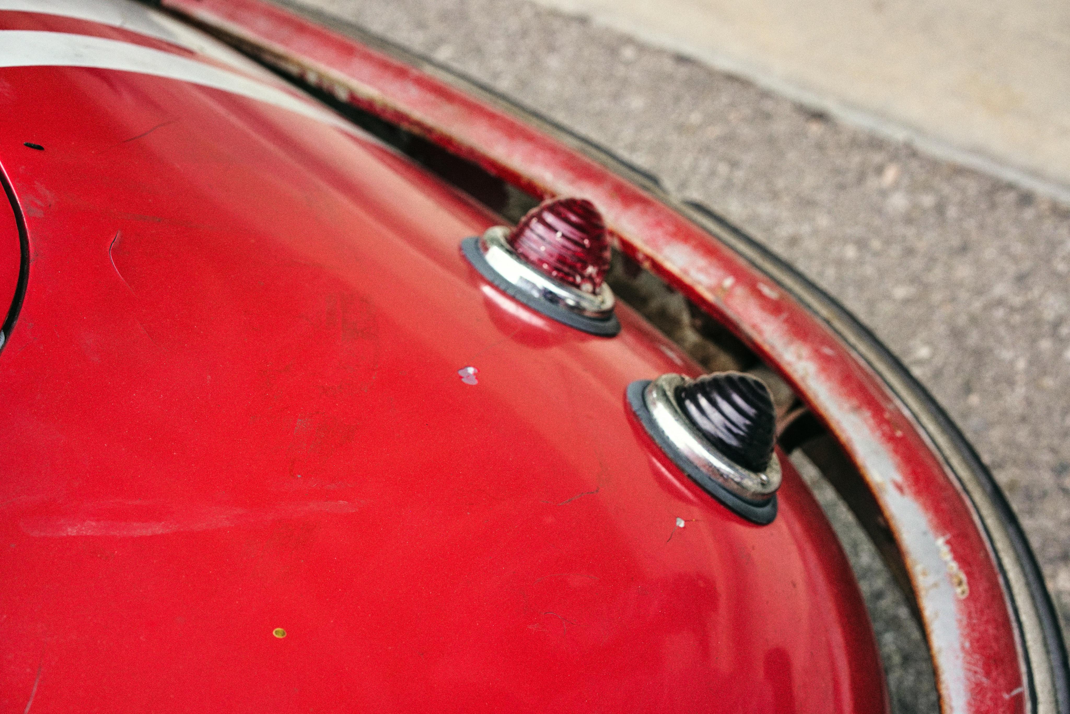 Luftgekühlt-6-Rennen-51-Porsche-356-1955-Rod-Emory-Driver-Beehives