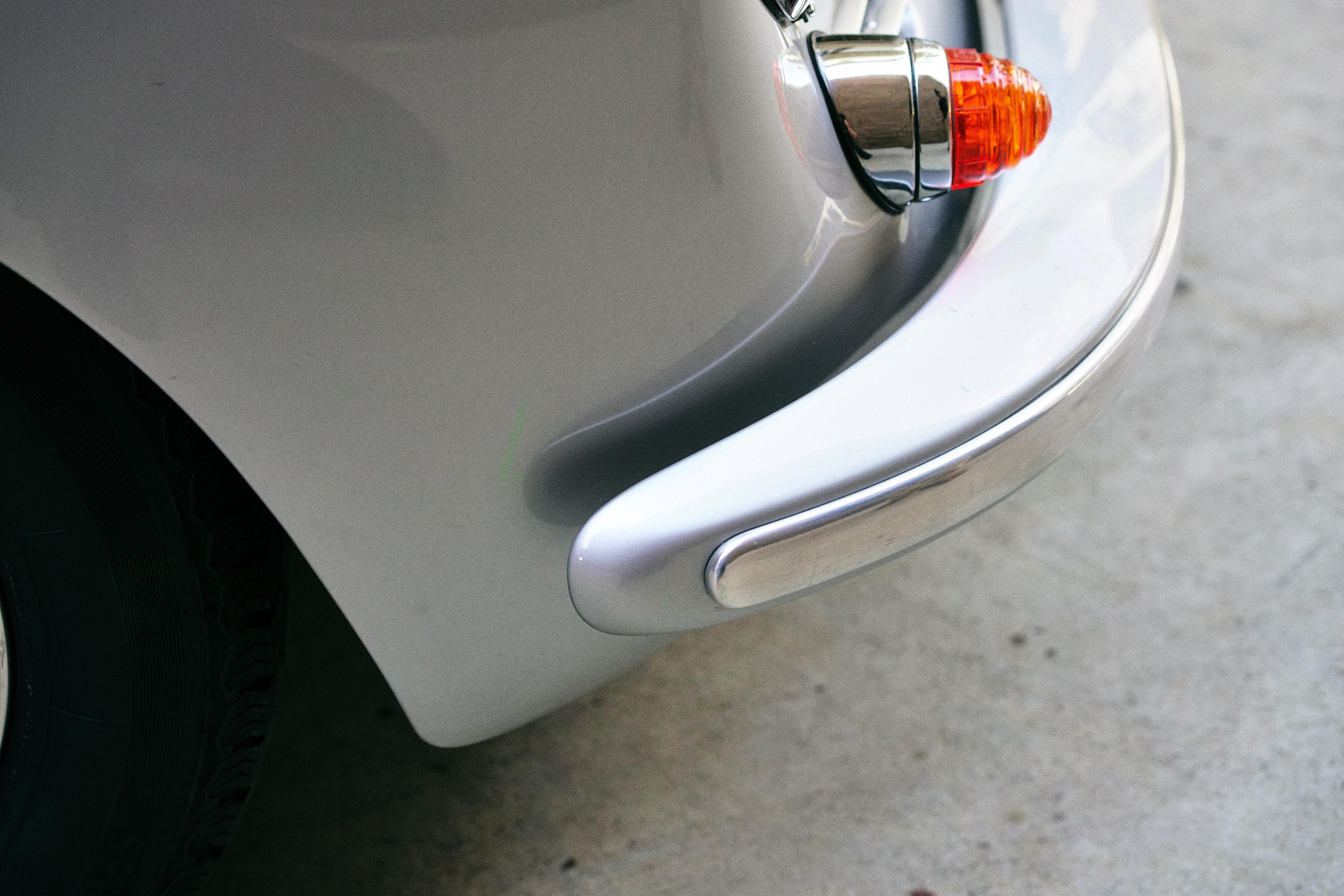 Luftgekühlt-6-Rennen-59-Porsche-356-1963-GT-Bumper-Detail