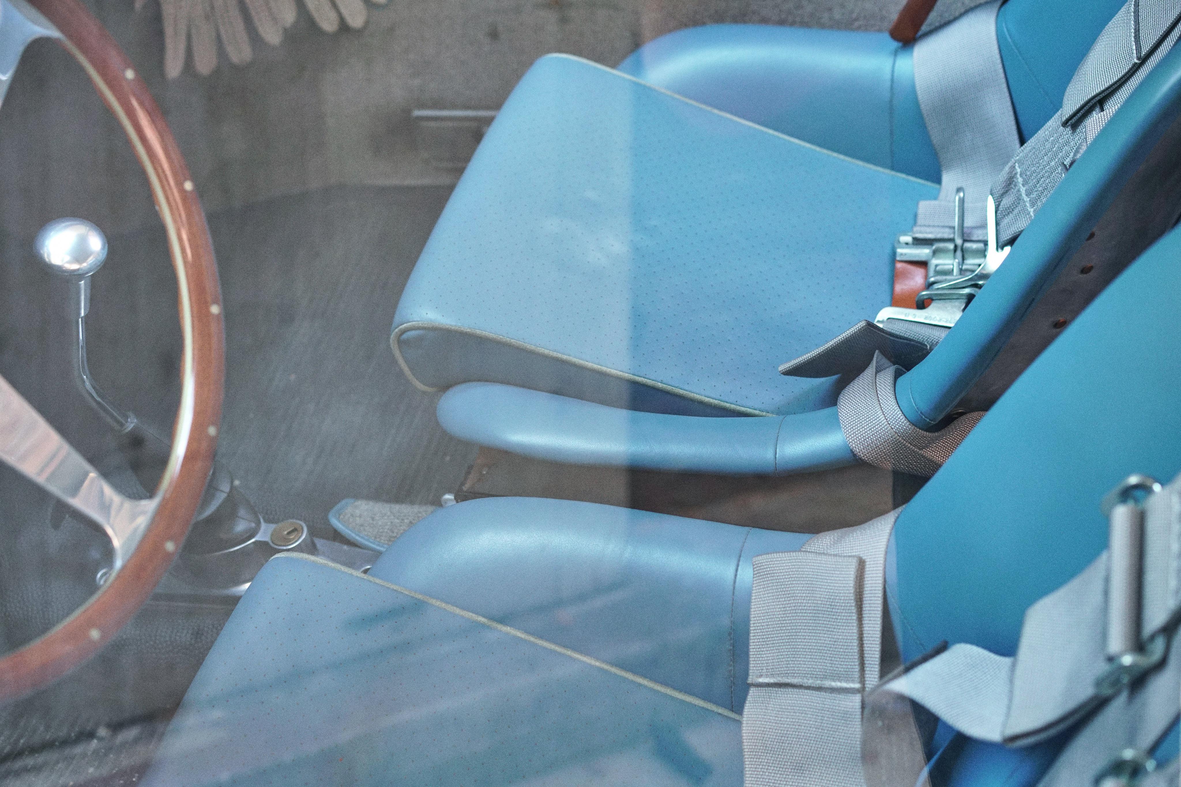 Luftgekühlt-6-Rennen-60-Porsche-356-1963-GT-Interior-Detail