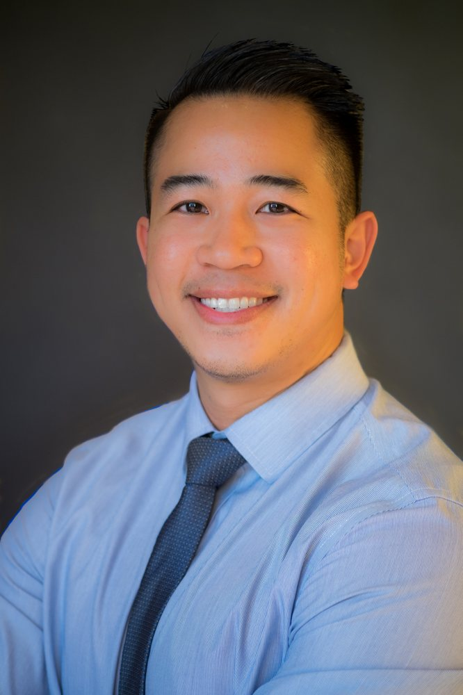 Headshot of Dr. Tran
