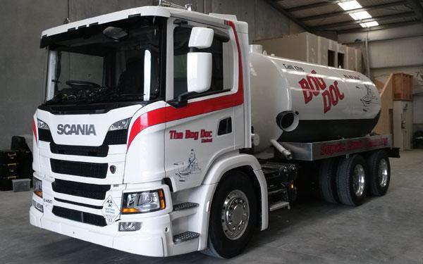 Truck & Heavy Machinery