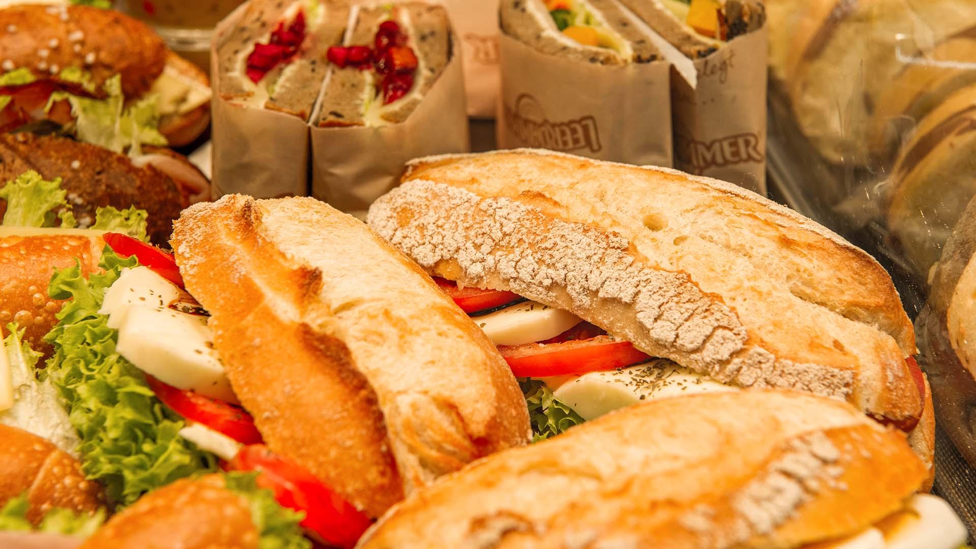 Leckerer Mittagstisch bei der Landbäckerei Gagel