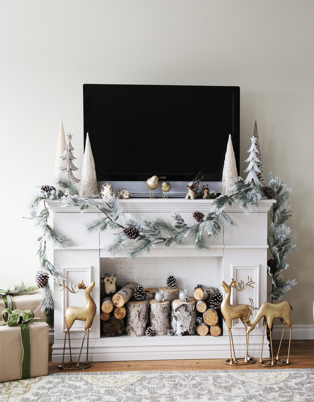 https://www.homedit.com/decorate-a-faux-fireplace/