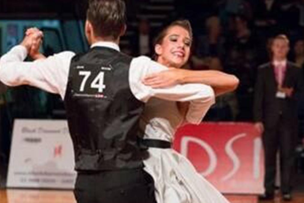 Recreational Ballroom and New Vogue Dance Classes