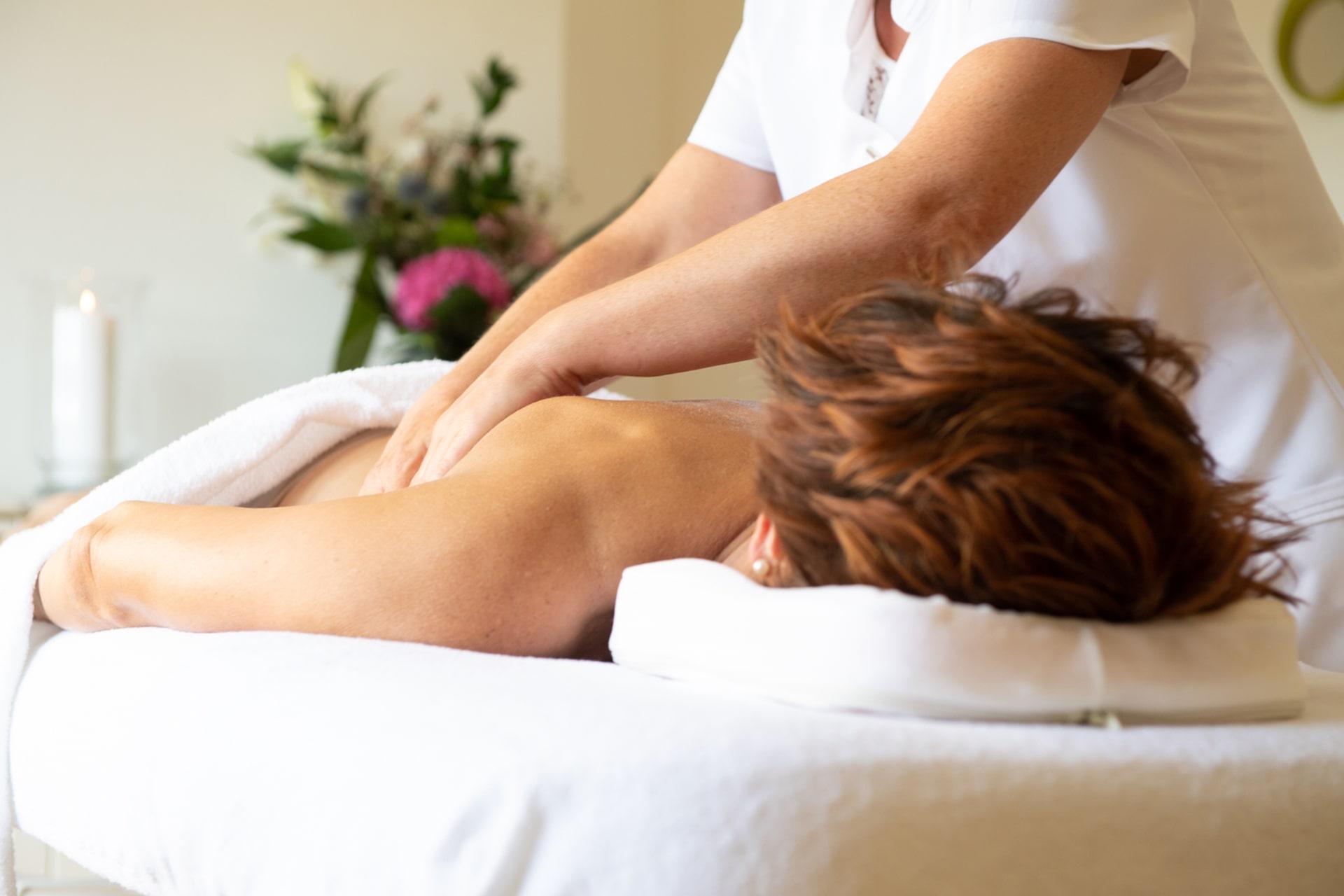 Institut Aurovida - Blog - Le massage enfin réhabilité par la science