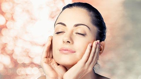 Facial Skin Treatment