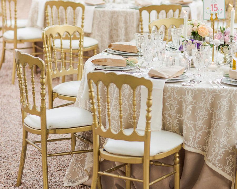 Cadeiras Douradas para Festas, Eventos e Casamentos