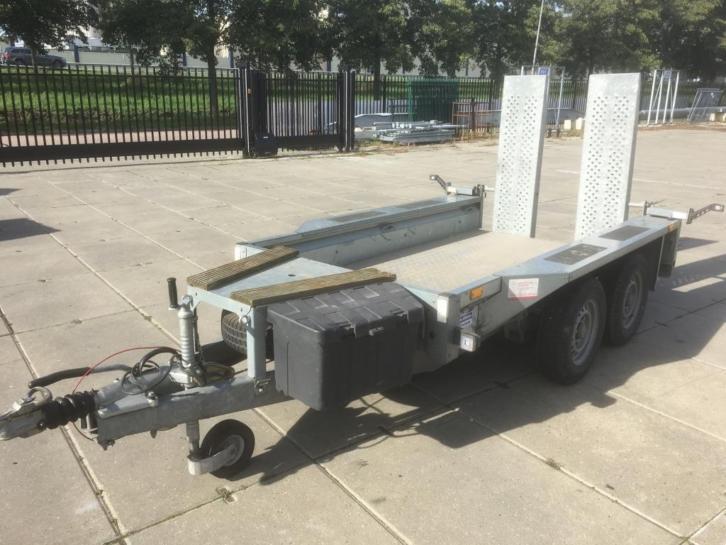 Machine transporter2700kg245x125cm