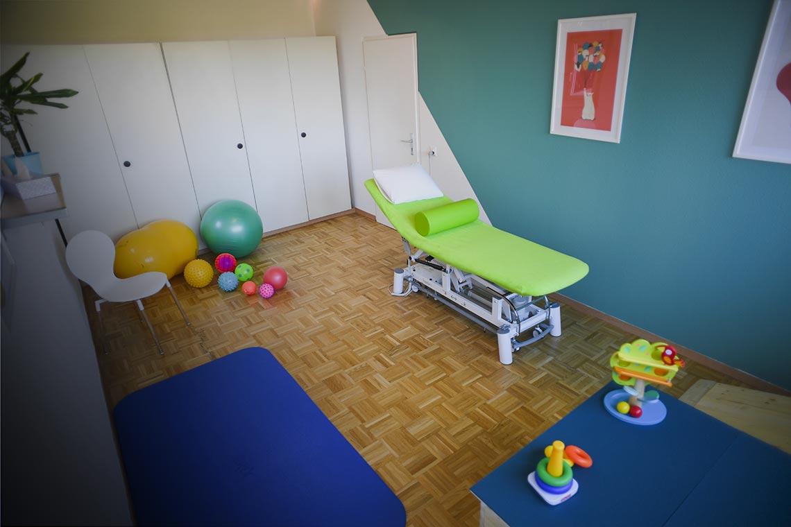 Salle de traitement physiothérapie pédiatrique