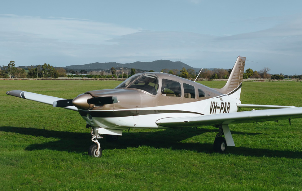 Piper Arrow V