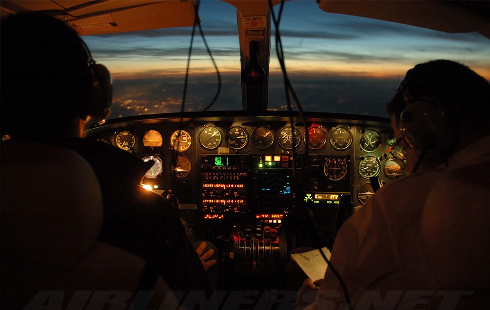 Yarra Valley Aviation - Flying at Night