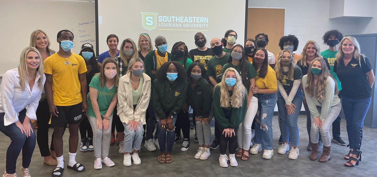 Southeastern Louisiana University Communications 466 Class joining Richard Murphy Hospice Foundation
