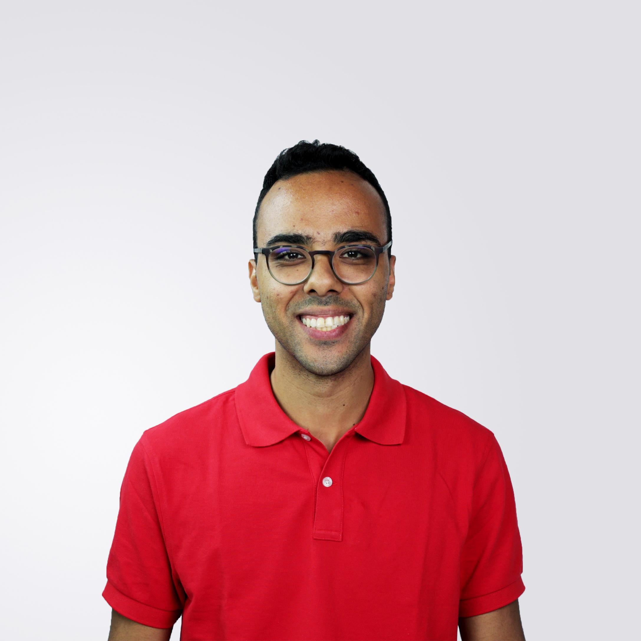 Luiz Smiling