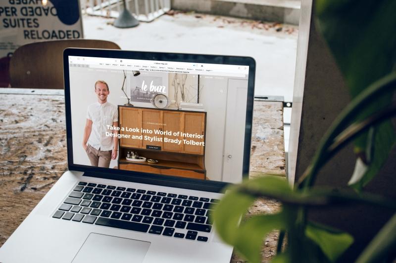 Attractive website on laptop
