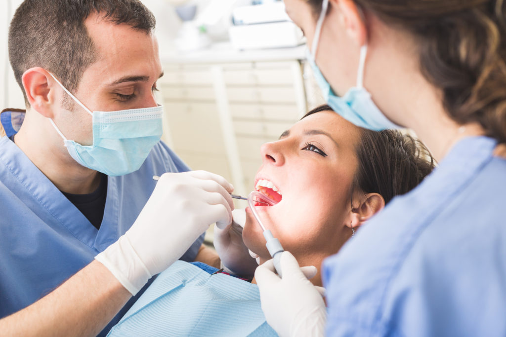 The Tooth Extraction Healing Timeline – What to Expect