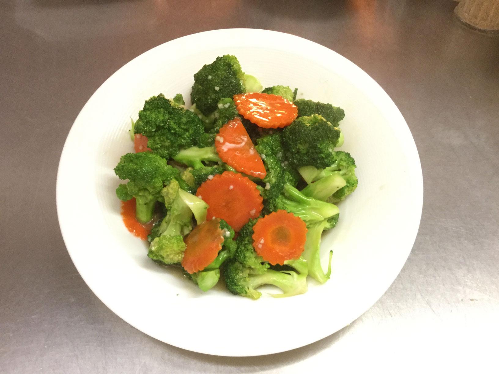 stir fry broccoli and carrots