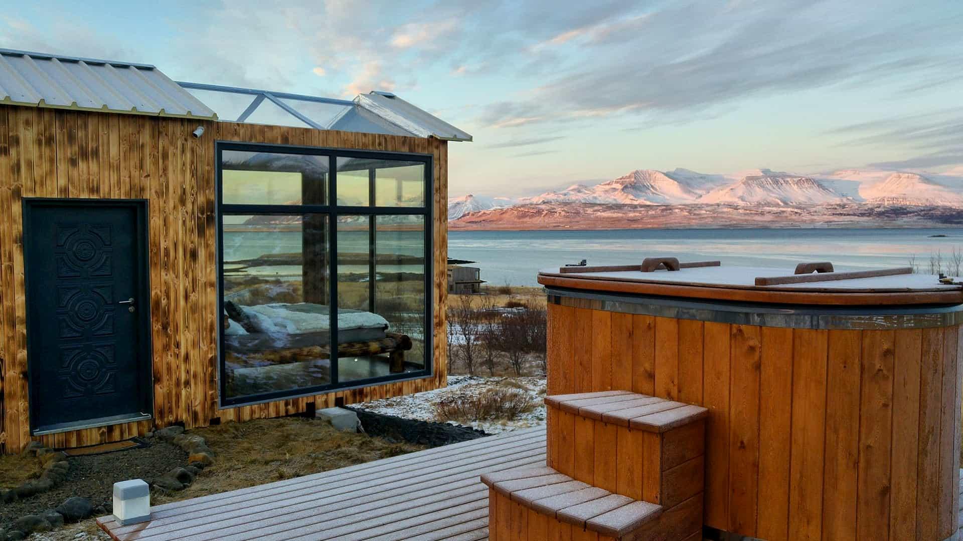 Panorama-glass-lodge-viaggio-di-nozze-islanda-3