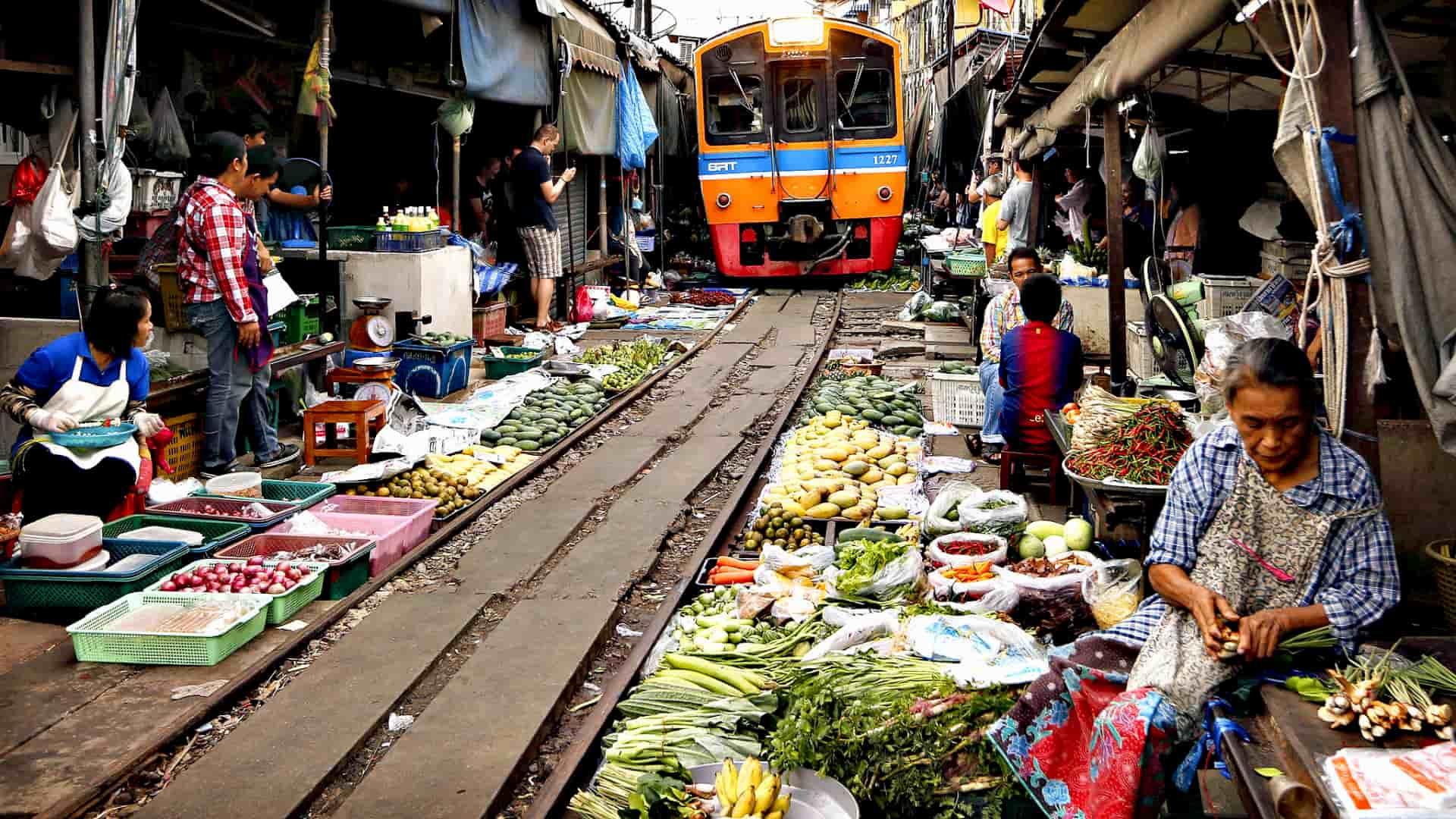 Viaggio di nozze in Thailandia Rail market