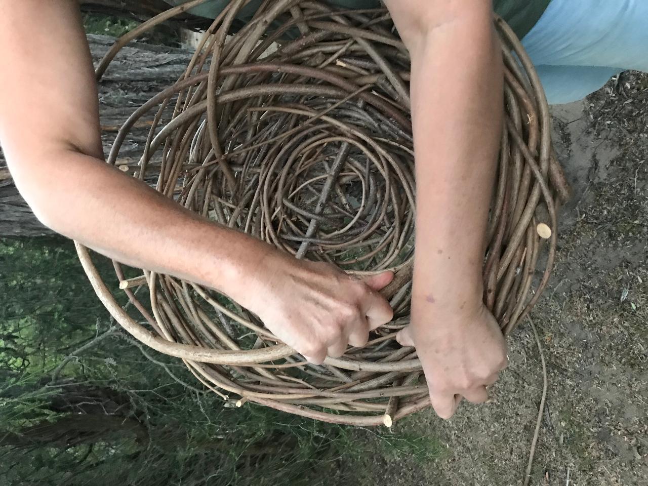 Hazelnut cane weaving workshop