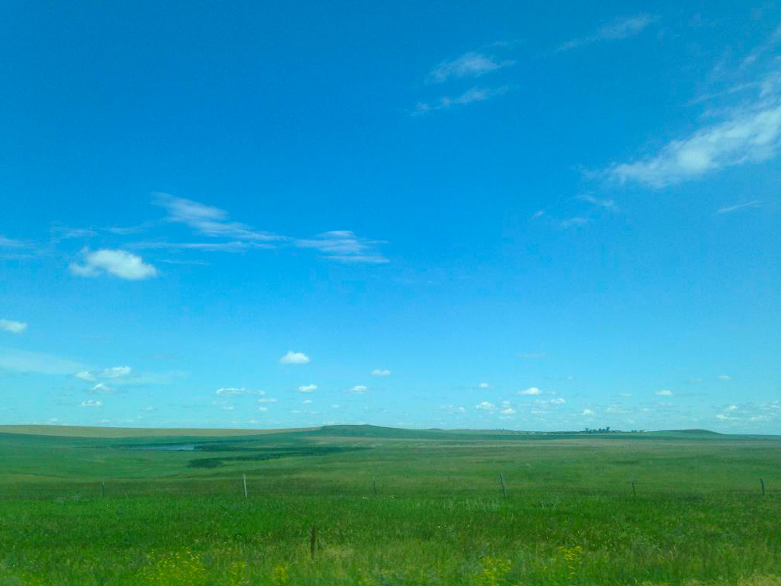 Big sky over the Badlands National Park in South Dakota