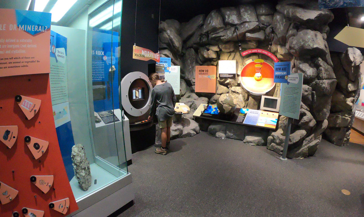 Museum of North Carolina Minerals on the Blue Ridge Parkway near Black Mountain
