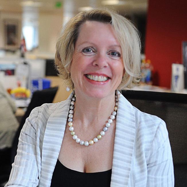 Dr Liz Mellom