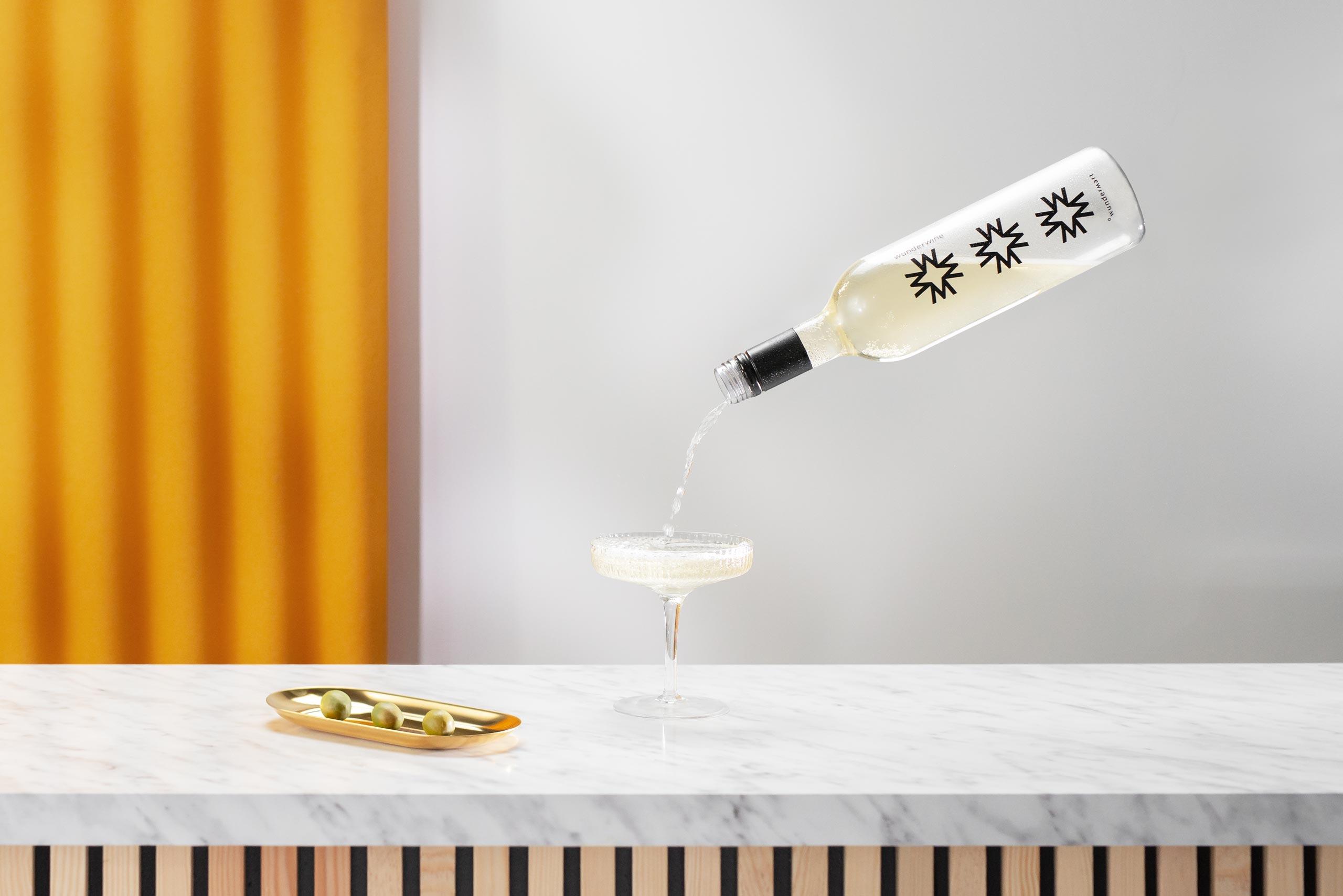 Wundermart wijn en olijven