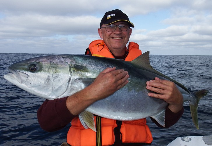 How to fish Auckland's west coast