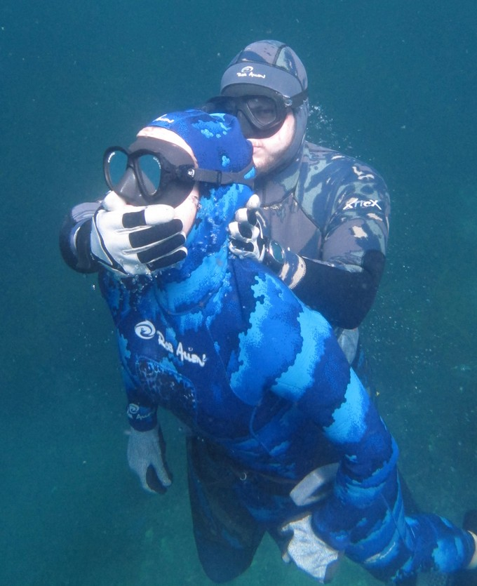 Spearfishing safety
