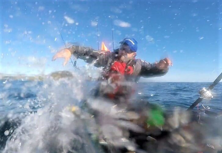 Jigging kayak kingfish in the Far North