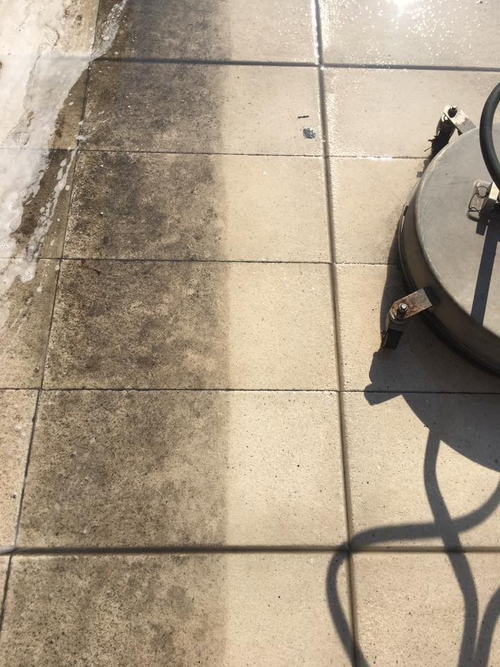 Professional concrete cleaning for businesses