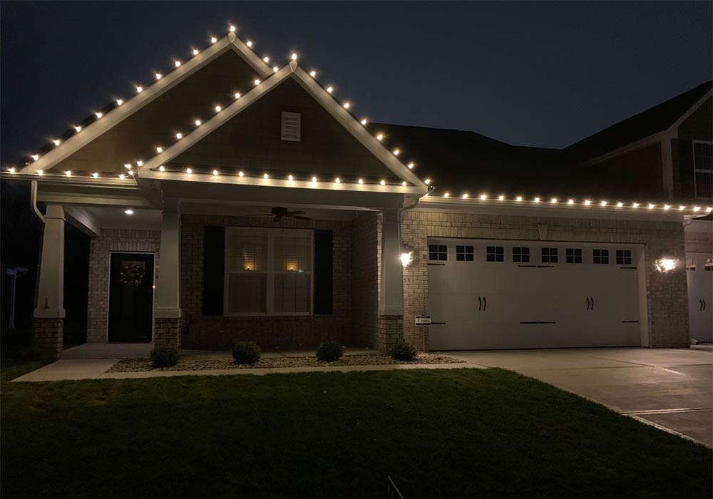 Home Christmas light installation by Pressure Doctor