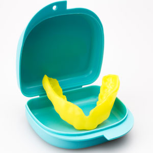 mouth guard to prevent loose teeth