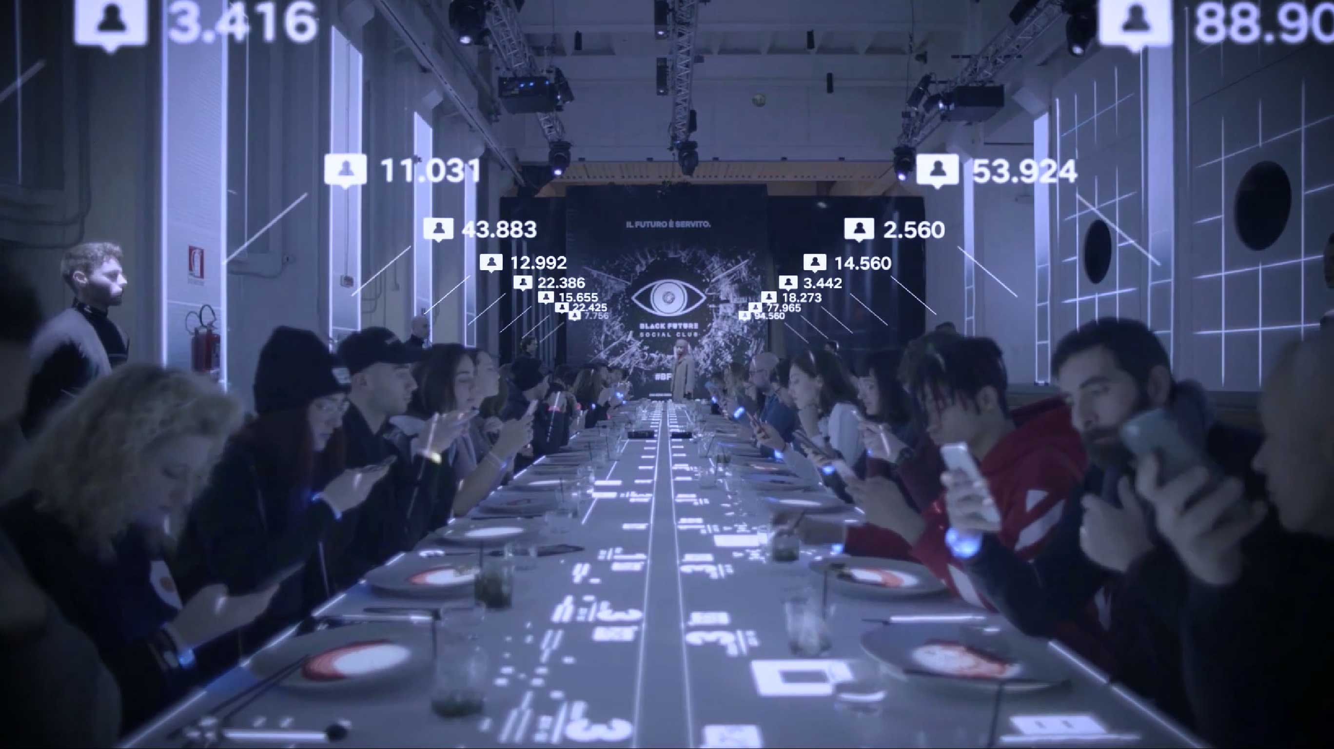 For the italian launch of the fourth season of Black Mirror, the cult series that talks about new technologies and its impact to the people, Netflix Italia thought a really social and human experiment.