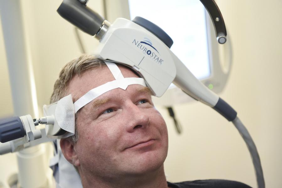 Man tries TMS using NeuroStar