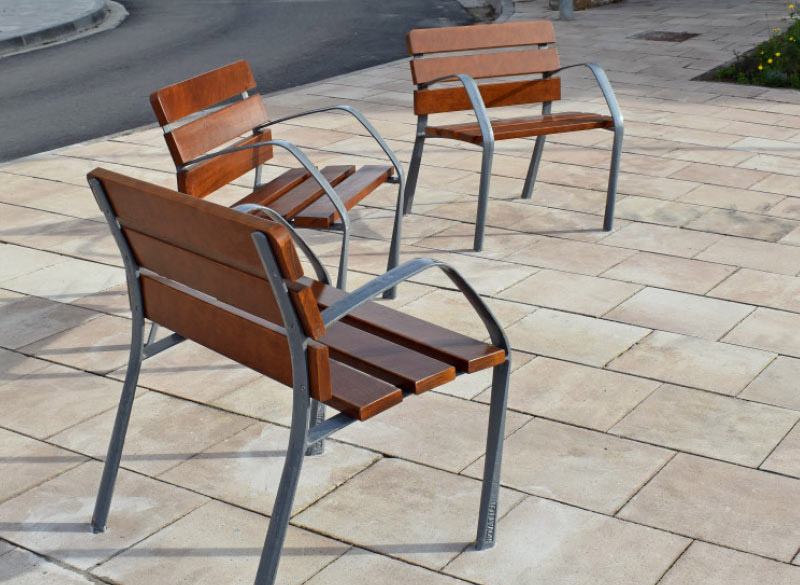 Single wooden park bench chair