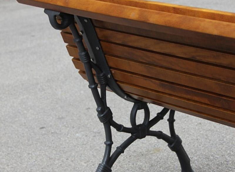 Multiple slatted single park bench
