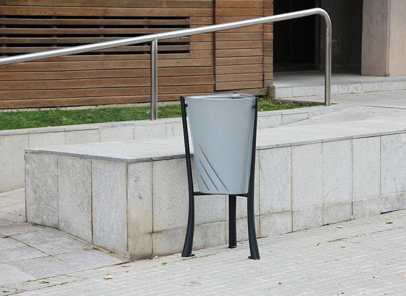 Modern sliver metal litter bin