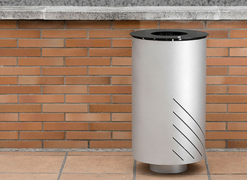 Circular open top litter bin for outdoor public spaces